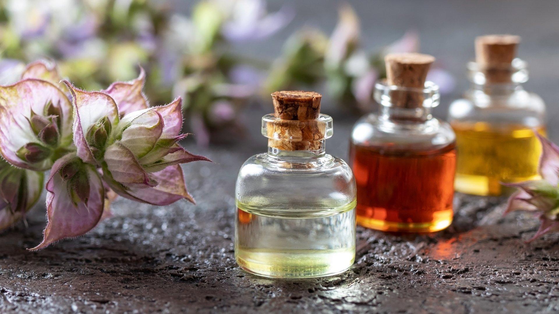 7 eteričnih olj, ki bi jih moralo imeti vsako gospodinjstvo